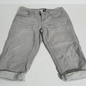 Earl jeans , rhinestones capris F13